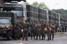 Militares de Cachoeira do Sul pararam em Porto Alegre antes de seguir a viagem de quatro dias para o Rio de Janeiro. Na noite desta terça-feira, o grupo descansa em Tubarão, Santa Catarina-Ronaldo Bernardi