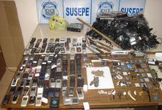 Susepe encontrou 101 celulares durante a revista-Susepe/Divulgação