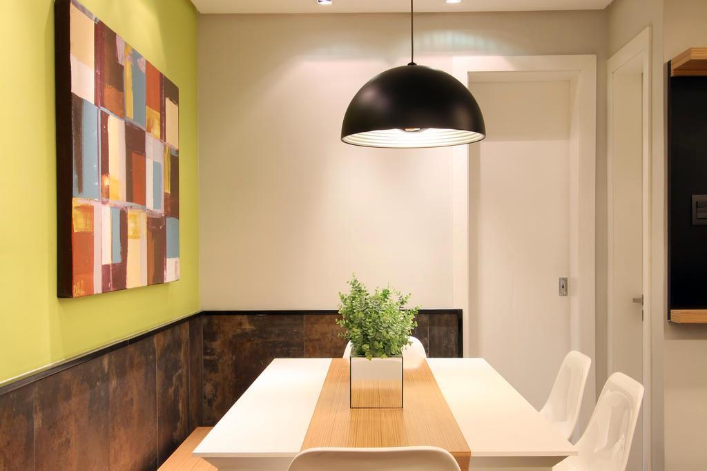 Banco Na Sala De Jantar ~  verdelimão a pincelada de cor para área social de morada de casal