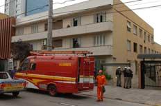 Prédio fica na Avenida Carlos Gomes, no bairro Mont'Serrat - Ronaldo Bernardi