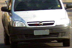 Carro estava a 113km/h na Avenida Manoel Elias, enquanto a  velocidade máxima permitida é de 60km/h. Motorista será multado e poderá  ter a CNH apreendida.-Divulgação/PMPA